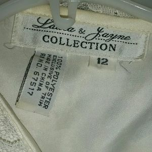 laura and jayne Skirts - Laura & Janye Ivory 2 piece Suit skirt Size 12 NWT